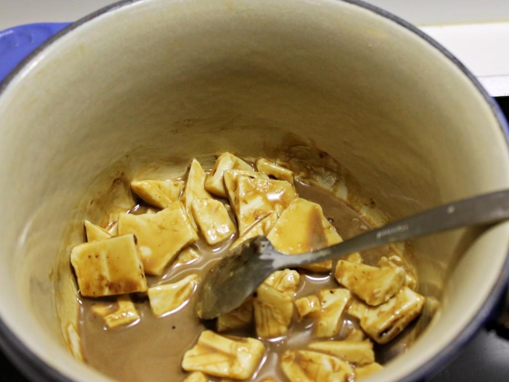 Tre slags macarons - hvidchokolade-lakridscreme, november 2012