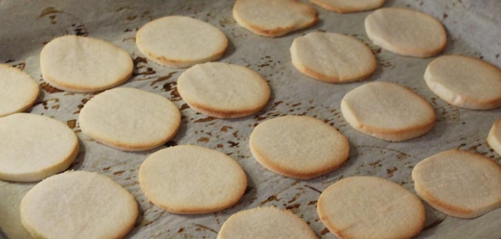 flødeboller - bagte marcipanbunde, december 2012