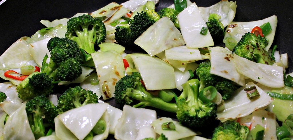 stegte nudler med and, grøntsager på panden, december 2012
