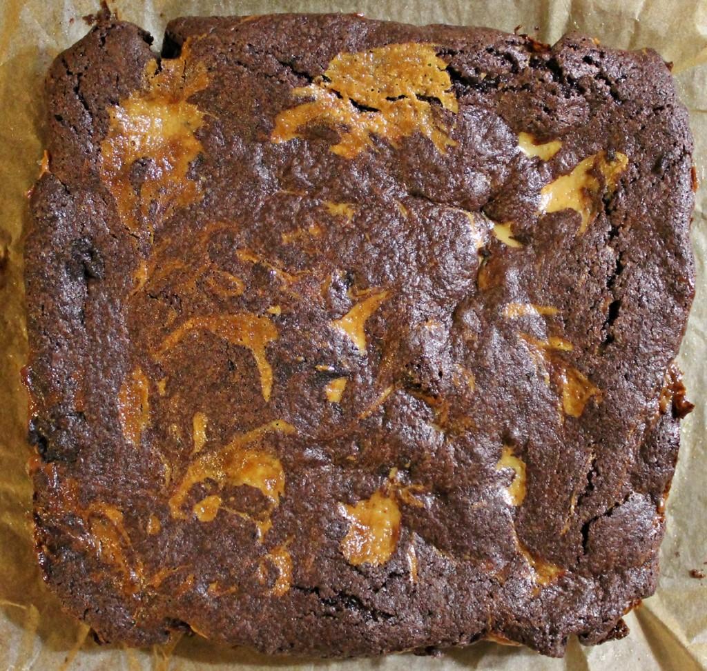 Chokoladekage med karamel,  færdig kage, marts 2013