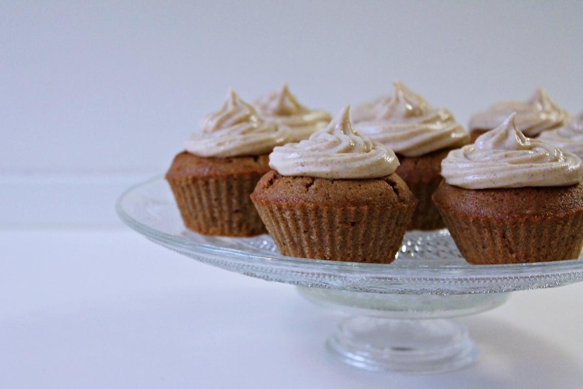chai latte cupcakes, færdige1, marts 2013