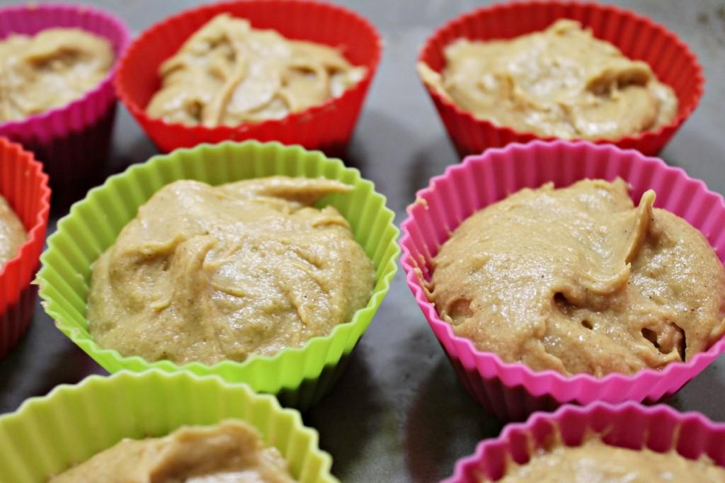 chai latte cupcakes, klar til at komme i ovnen, marts 2013