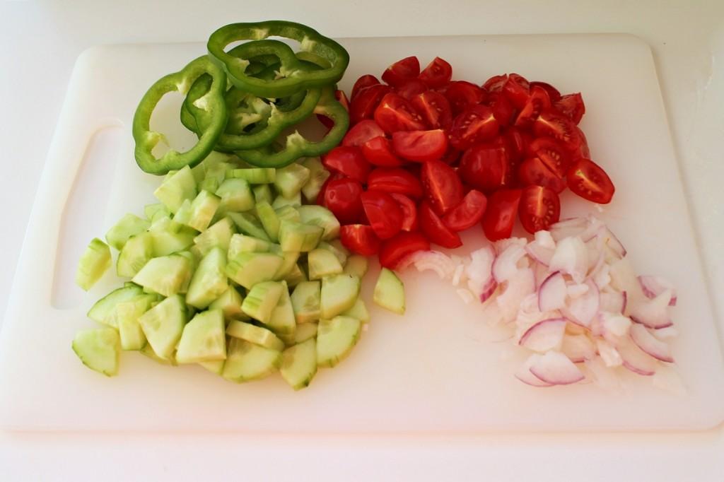 Græsk salat, færdige grøntsager, juli 2013